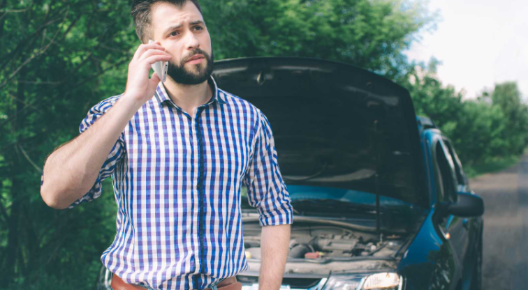 Direct auto insurance reviews with a Customer